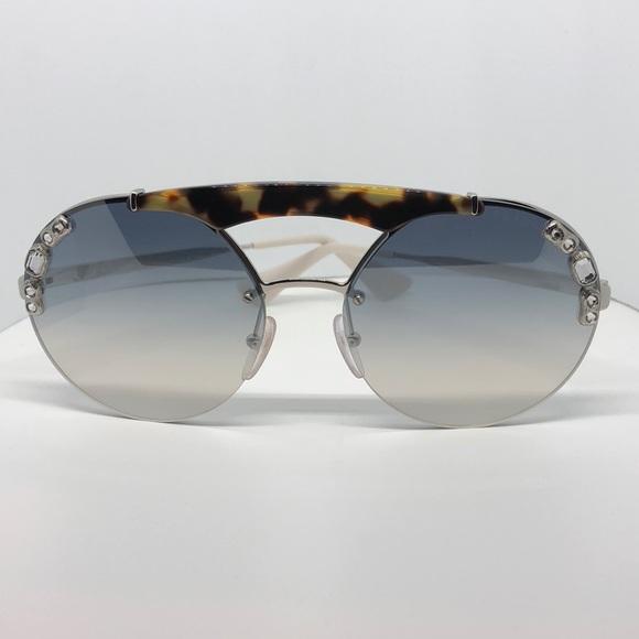 4a9cc5268c0b ♥️Prada Preloved Sunglasses with stones. M 5be4a694c2e9fe16bc1f017b